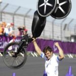 Alex Zanardi wins paralympics H4 class individual time trial handcycle gold