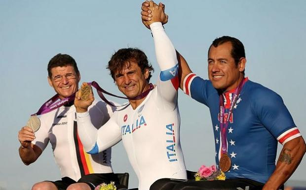 Alex Zanardi won his second gold in paralympics.