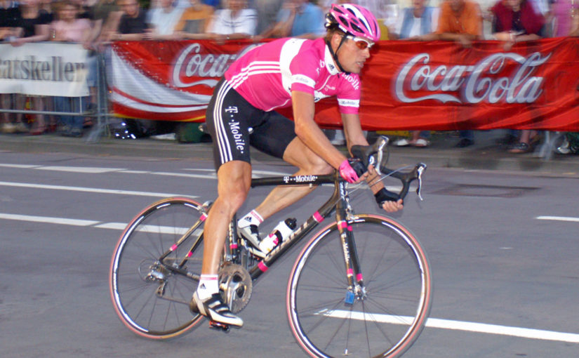 Ullrich admits to blood doping with Fuentes