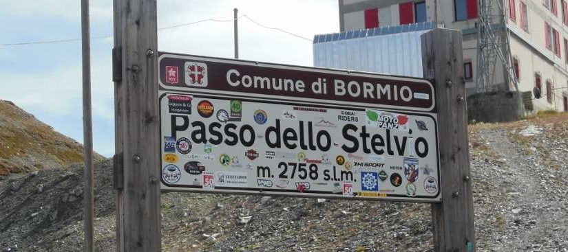 Passo dello Stelvio (Stelvio Pass) sign