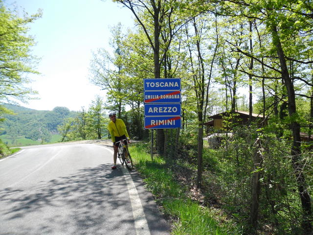 Cycling Tour in Italy, 2nd day, border between Toscana and Emilia Romagna.