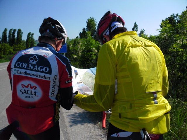 Cycling Tour in Italy, 2nd day, checking map