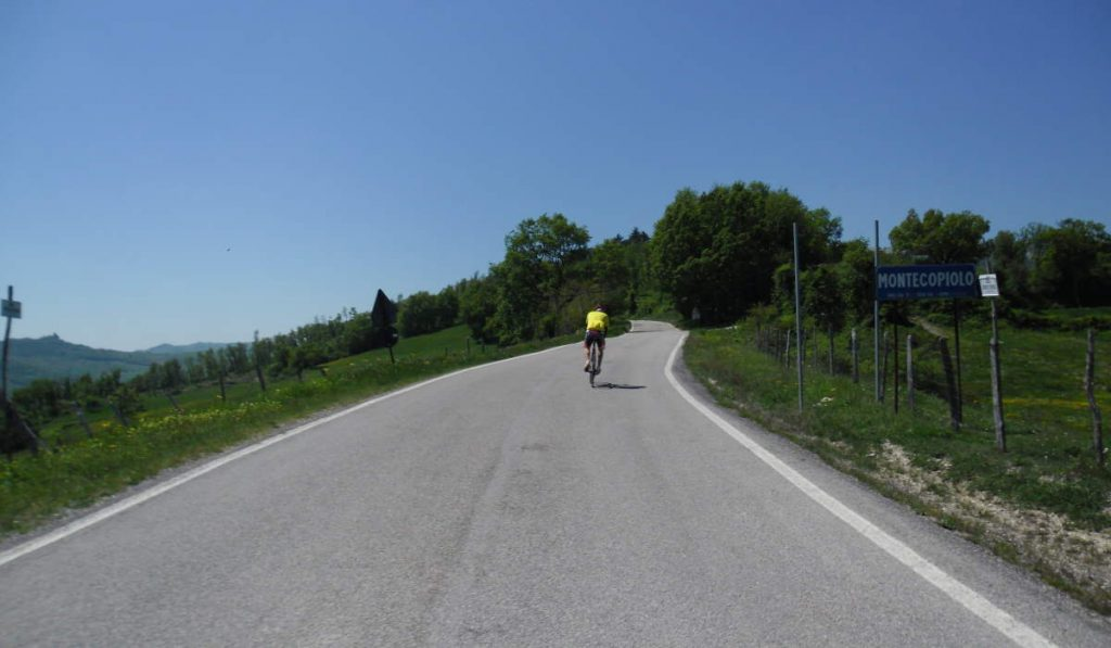 Cycling tour in Italy: Montecopiolo