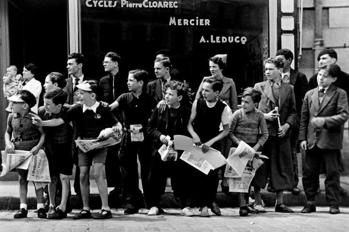 Two great photos about cycling, with no bikes, by Robert Capa. Tour de France 1939