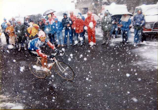Giro d'Italia History rated by a panel of 100 journalists: Andy Hampsten climbing Passo di Gavia, Giro 1988