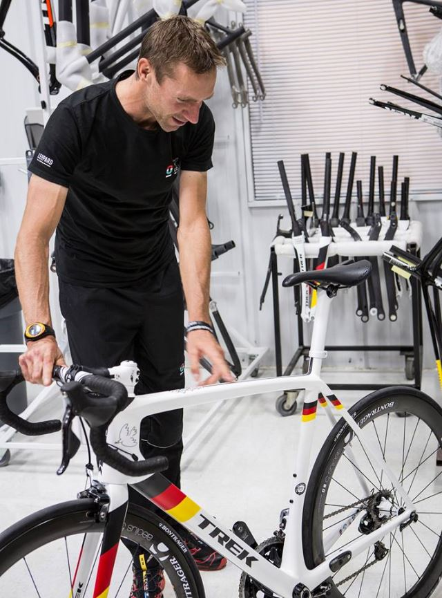 Jens Voigt with his new Trek Madone 7 2014