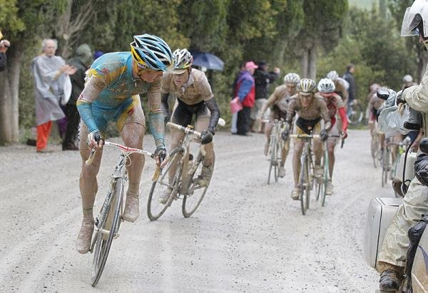 The greatest show on earth: Giro d'Italia 2010 stage 7, Strade Bianche