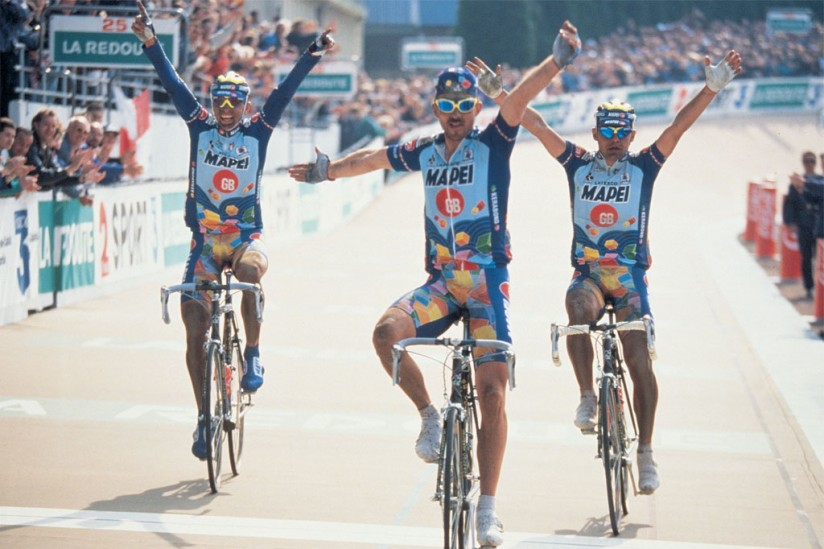 Most iconic bikes in cycling history: Paris Roubaix 1996 finish