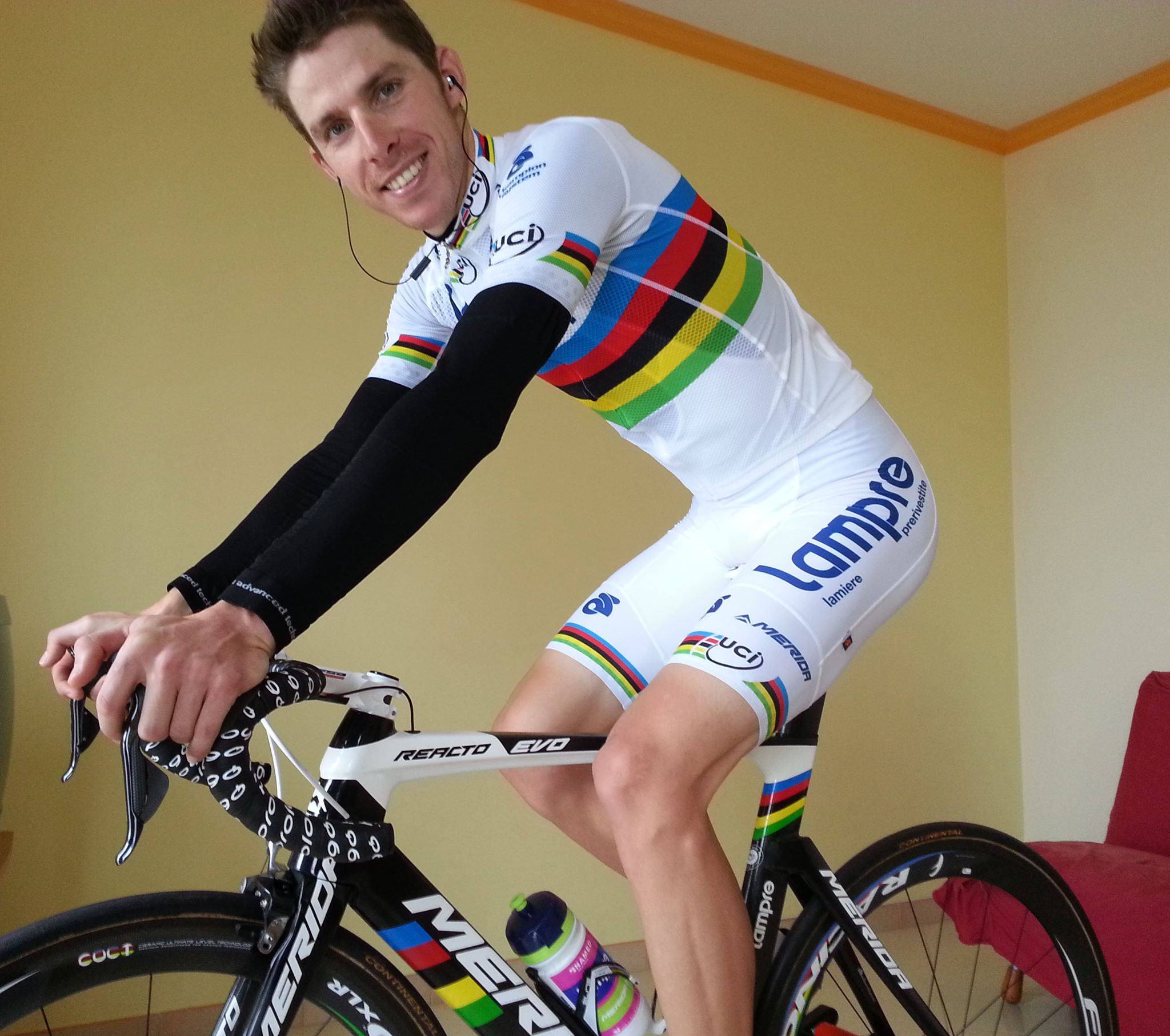 Rui Costa in his rainbow jersey