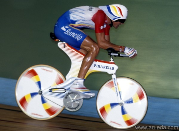 Miguel Indurain breaking the Hour Record