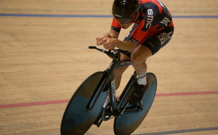 Rohan Dennis breaks the Hour Record