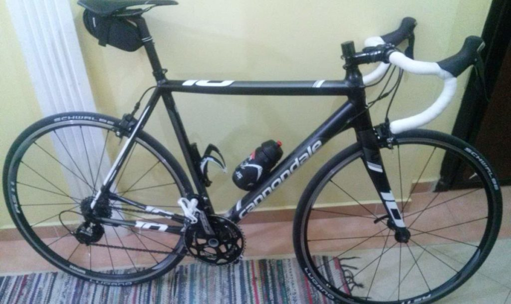 Cannondale CAAD10 2015 equipped with 11-speed Shimano 105 group