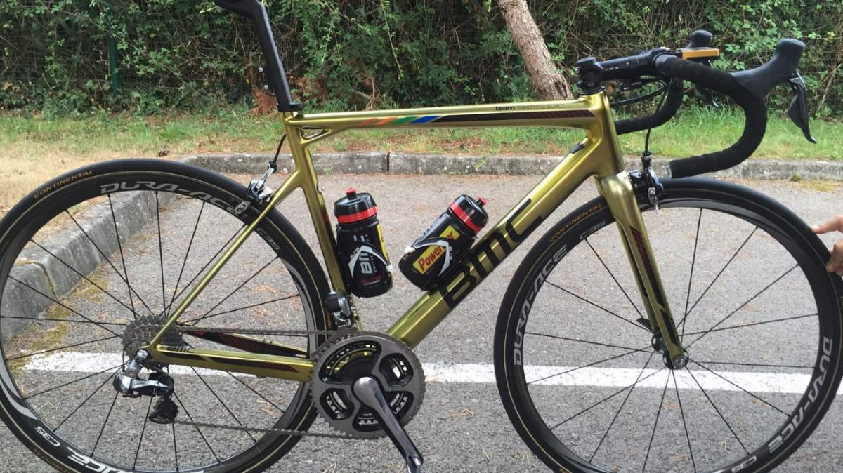 Greg Van Avermaet's golden painted BMC Teammachine SLR01 bike