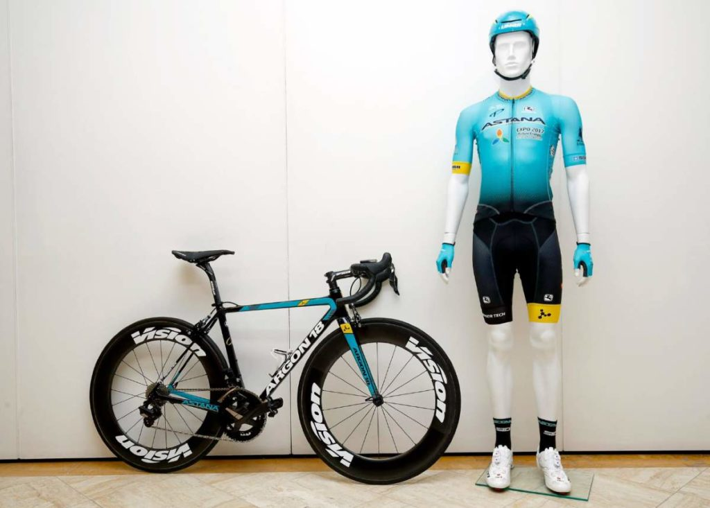 Astana Argon 18 bike and kit