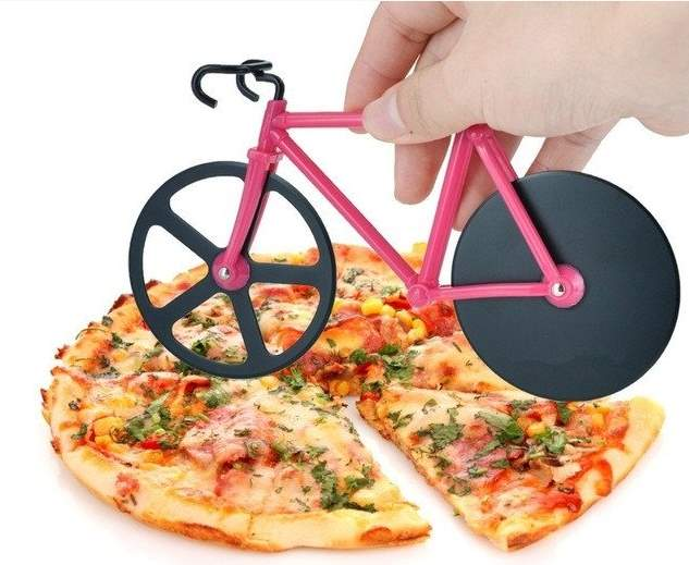 Cycling-related gift ideas: Bicycle Pizza Cutter