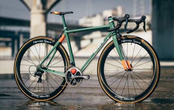 Montenegro MFG Carbon-Fiber Road Bike