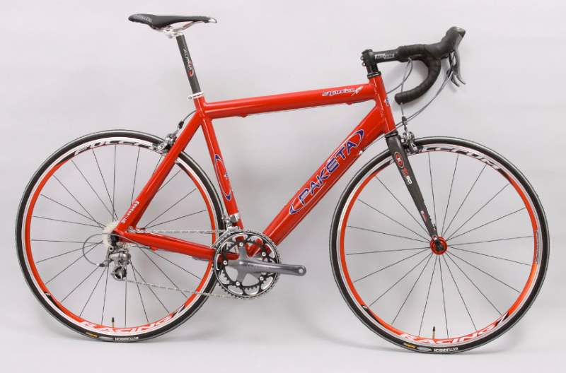 Paketa Magnesium Road Bike
