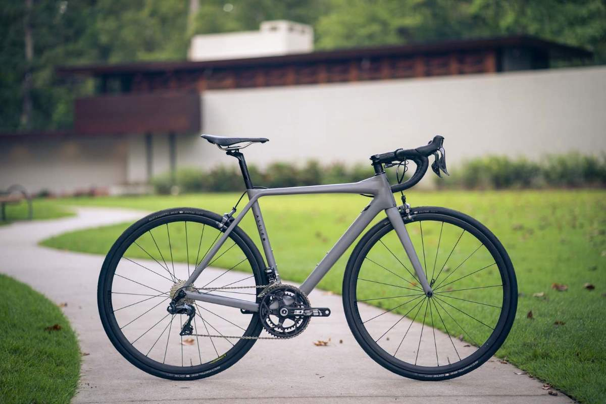 Boutique Bicycle Manufacturers - Allied Alfa road bike