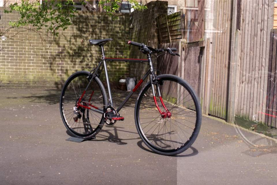 Boutique Bicycle Manufacturers - Auguste Urban Racer