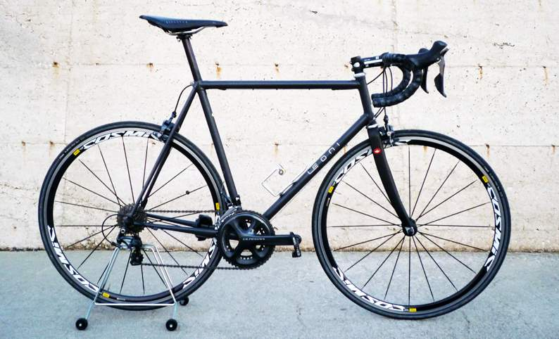 Davide Leoni road bike