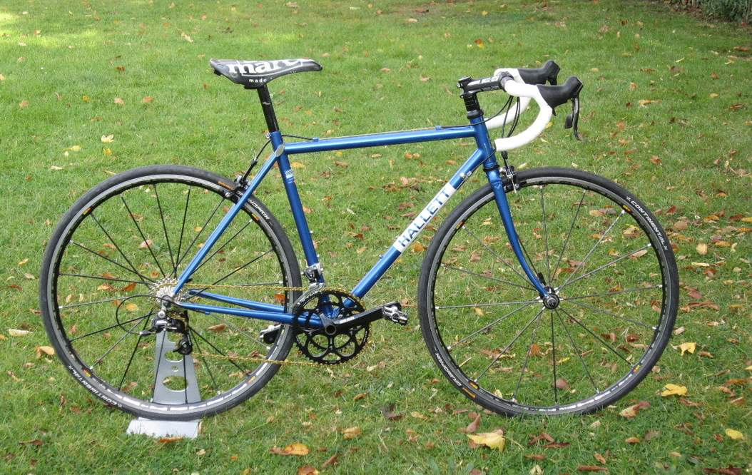 Boutique Bicycle Manufacturers (G-H) - A Hallett road bike