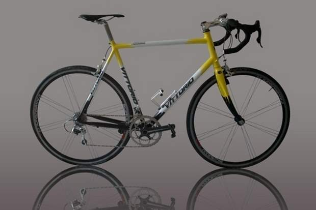 Vittorio steel road bike