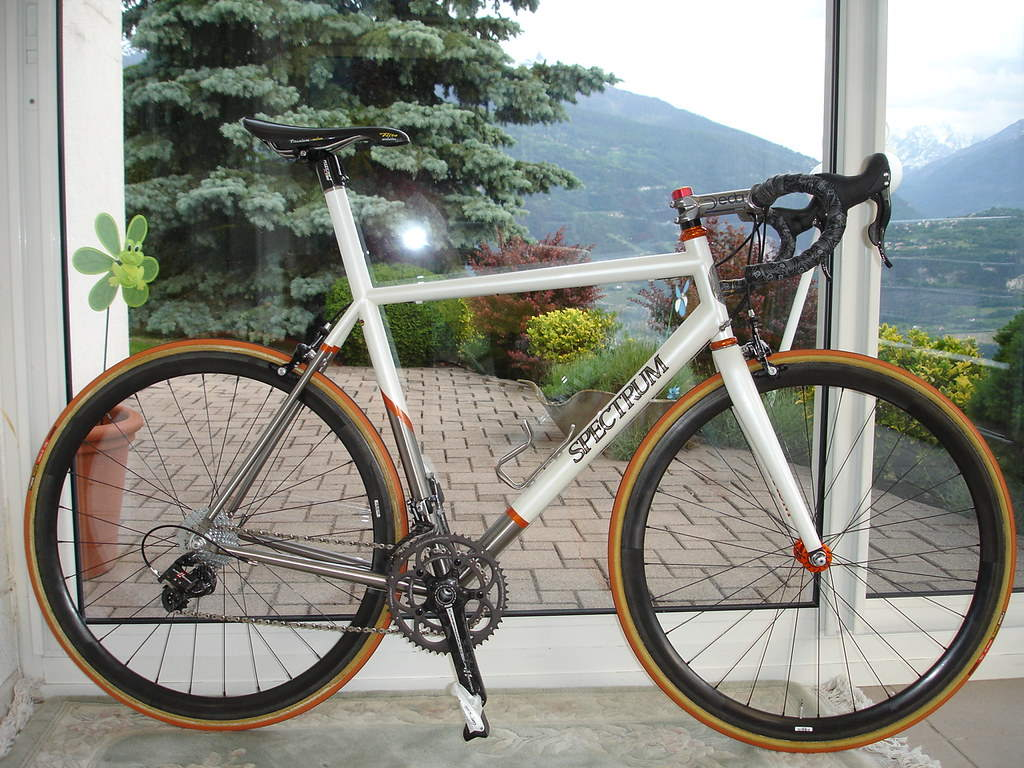 A Spectrum road bike