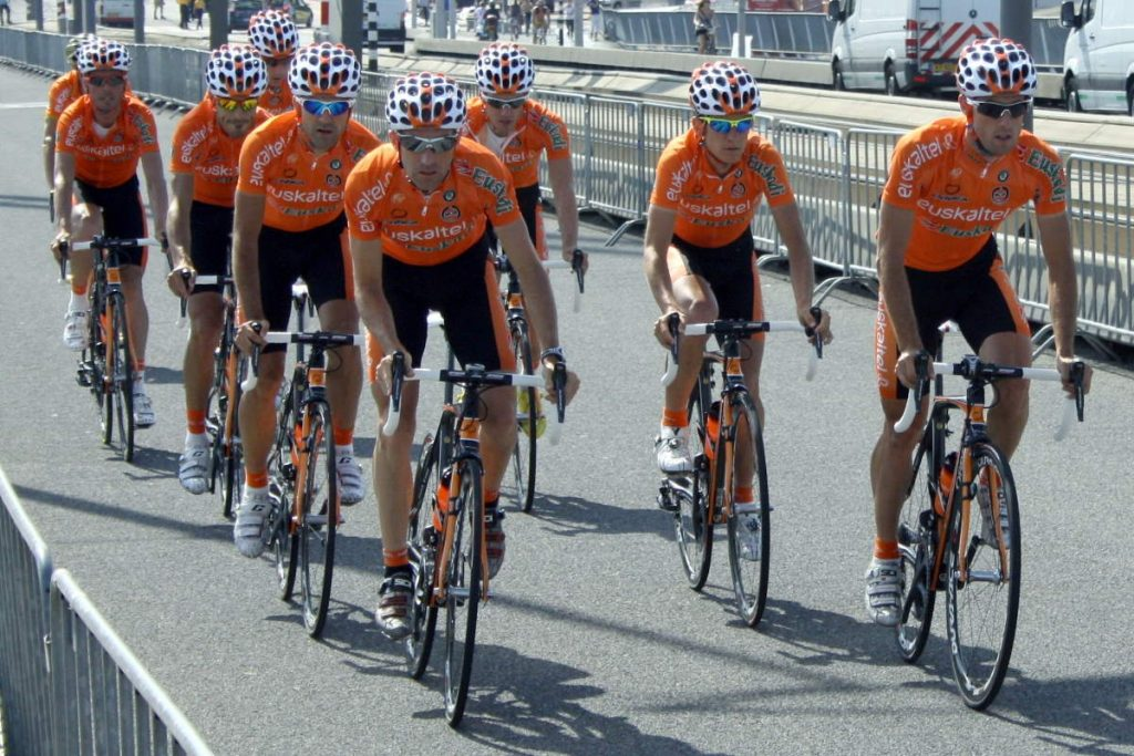 Team Euskaltel-Euskadi while training for the Tour de France 2010 prologue