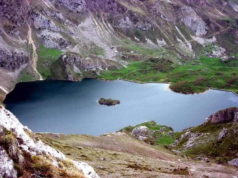 Lago Del Valle in Somiedo Natural Park, Spain