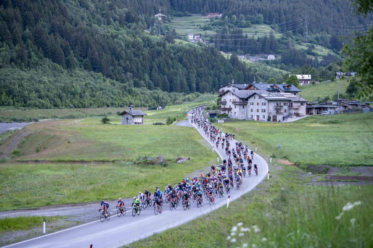 Entries for the 2021 Granfondo Stelvio Santini open on October 28th