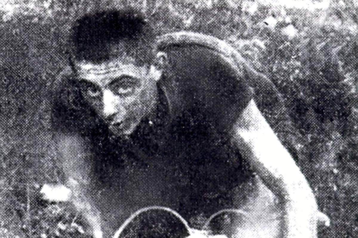Young Fausto Coppi (cropped)
