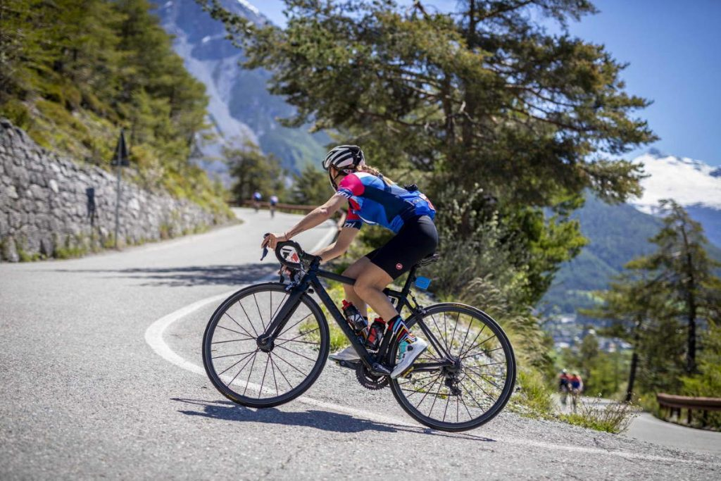 A female cyclist during the Granfondo Stelvio Santini 2019.